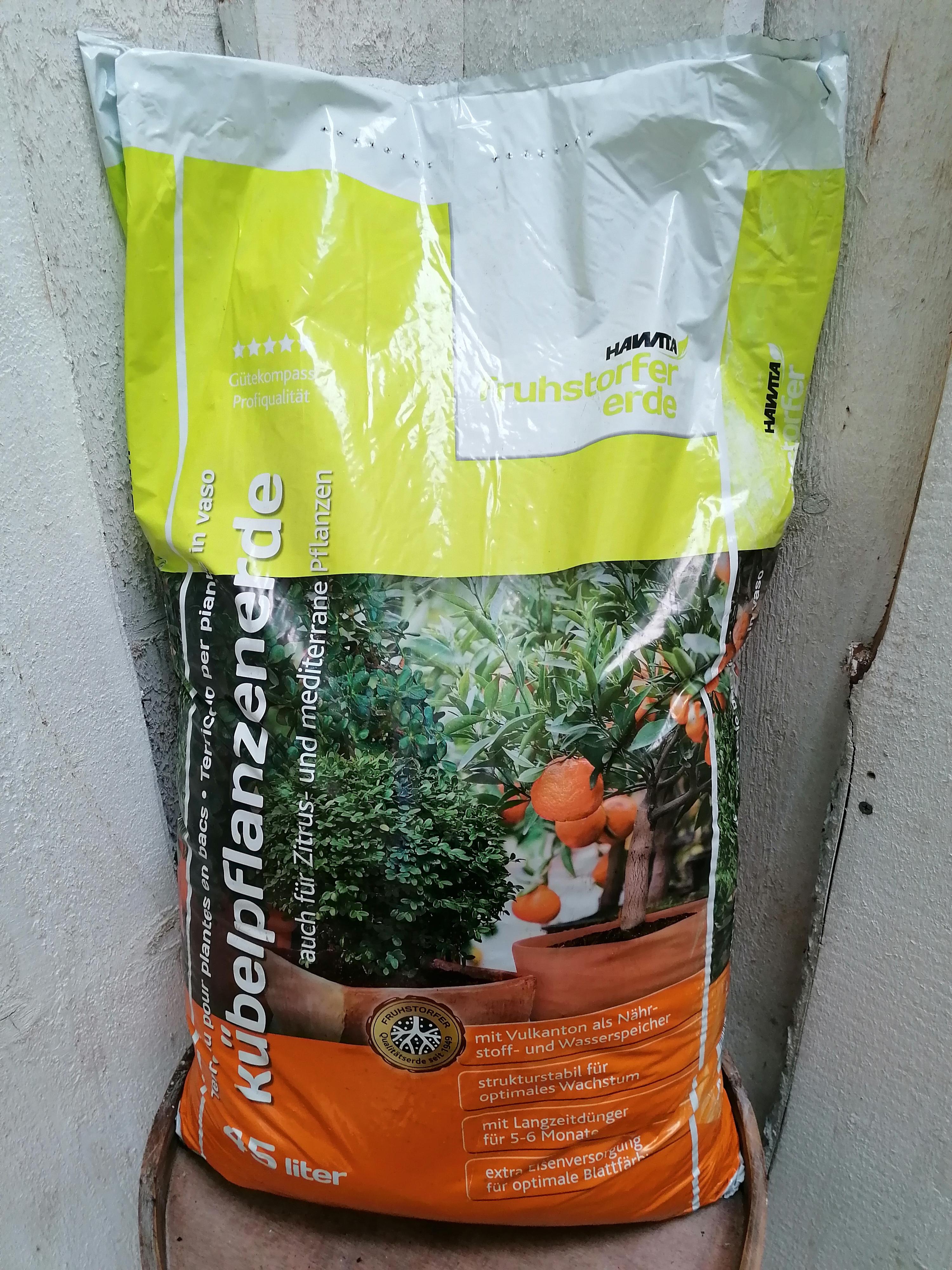 Kübelpflanzenerde