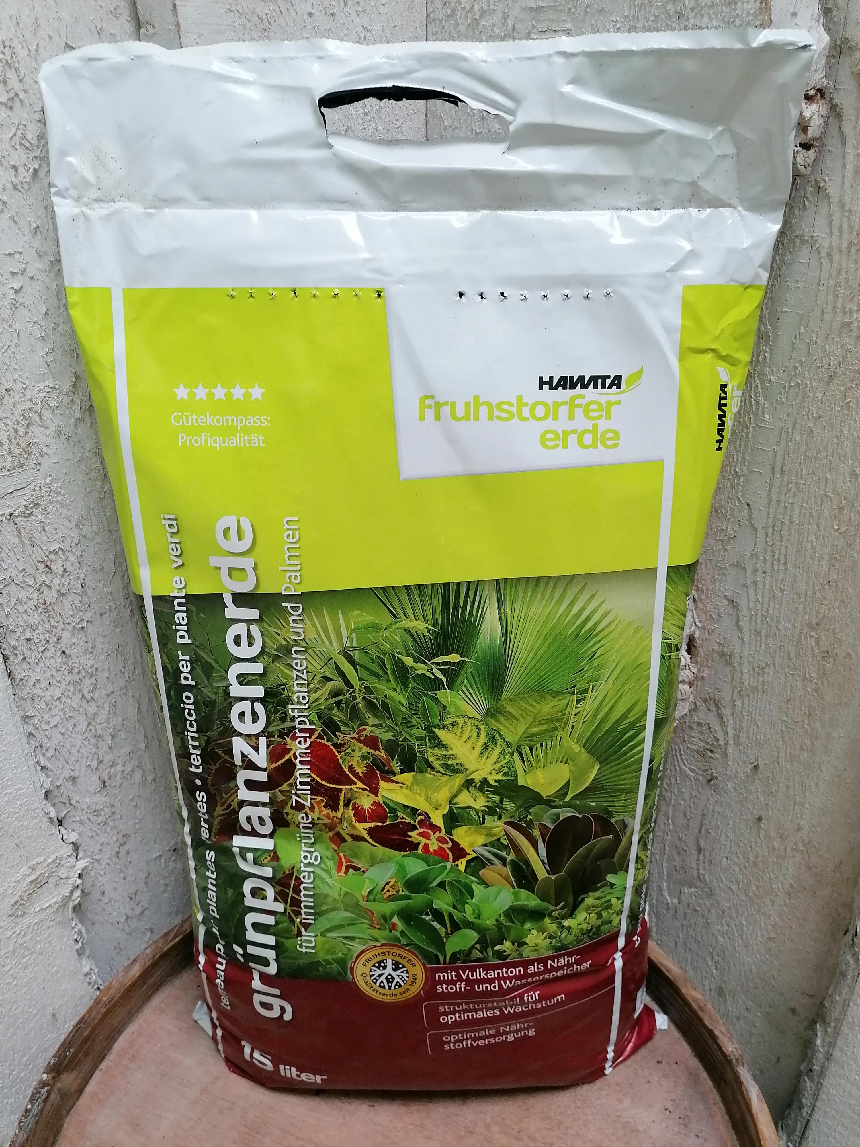Grünpflanzenerde